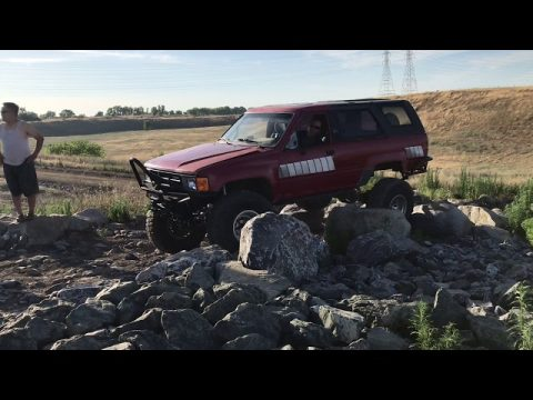 Hmong 4x4 testing Steve's new build
